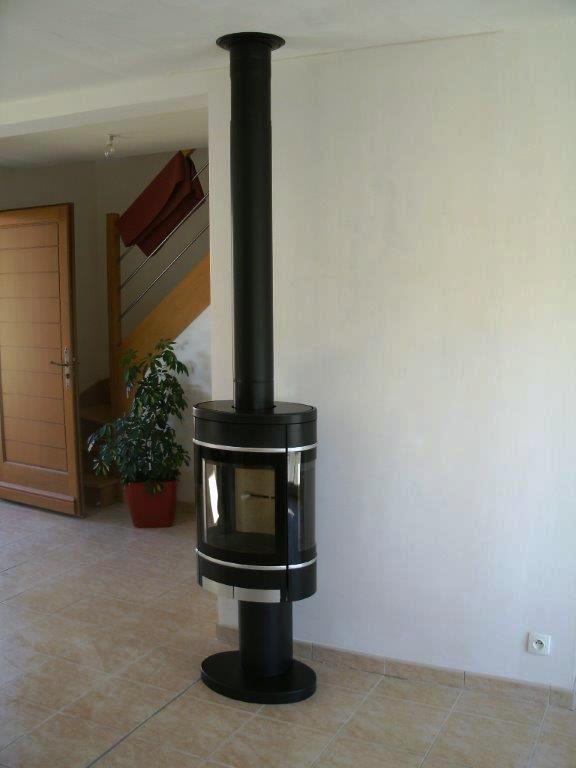 poele bois contura good poele bois contura with poele. Black Bedroom Furniture Sets. Home Design Ideas