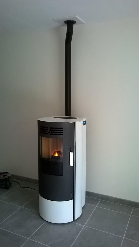 chaleur et bien tre installateur p ele et chemin e. Black Bedroom Furniture Sets. Home Design Ideas