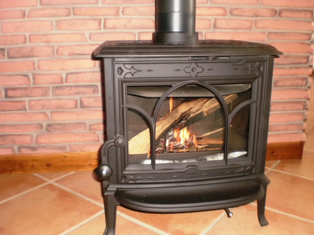 C t flamme installateur p ele et chemin e albertville for Poele a bois monoxyde de carbone