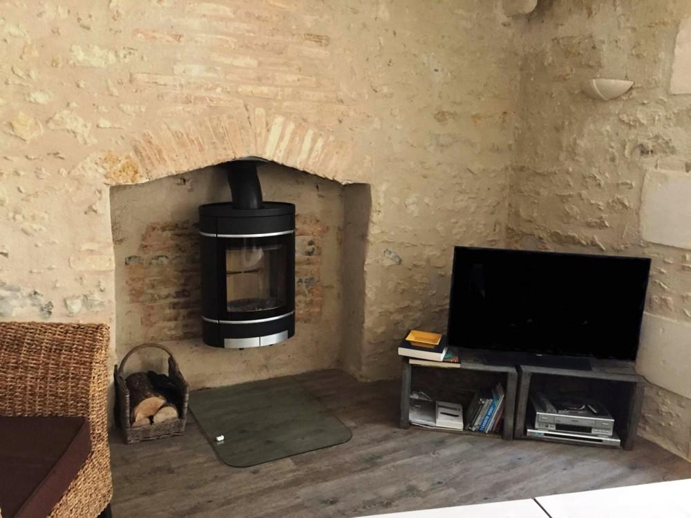 cheminea installateur p ele et chemin e poitiers. Black Bedroom Furniture Sets. Home Design Ideas