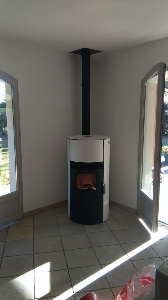 sas delmas diffusion expert chauffage au bois saint pierre du mont. Black Bedroom Furniture Sets. Home Design Ideas